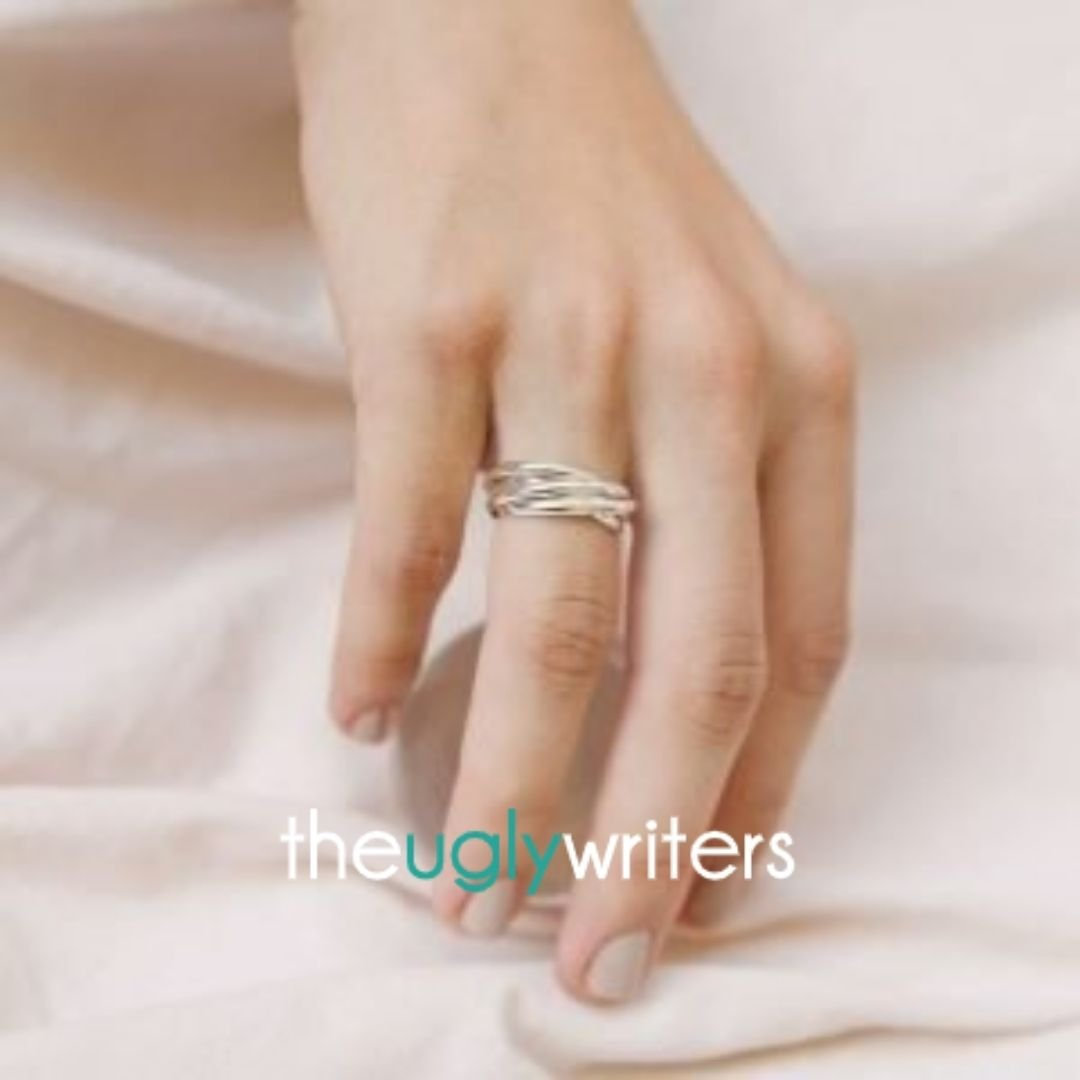 A Commitment Ring